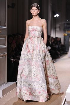 Valentino Spring_Summer 2012 Haute-Couture Show 5