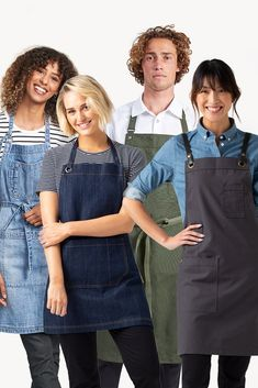 THE PERFECT LENGTH👌 There's always the perfect apron for your crew, no matter what industry! A different look for every business, venue and maker. Win Online, Online Work, Bib Apron, Aprons, Uniform Shop, Waist Apron, Chef Apron, Apron Designs, Fashion Forward