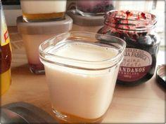 Hoy os traigo una receta de lo mas sencilla y es que hay mucha gente que no sabe sacarle provecho a su yogurtera y con esta receta solo quiero proponeros ideas sencillas que resultan deliciosas y s…