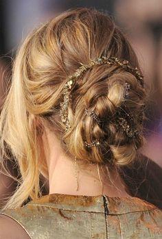 Los Claustros: 20 formas de recogerte el pelo el día de tu boda