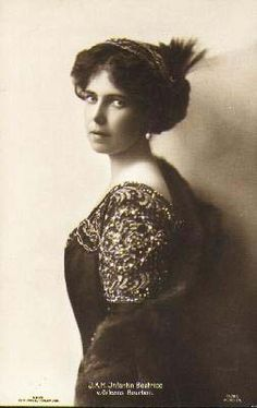 Grandchild of Queen Victoria - Princess Beatrice of Saxe-Coburg and Gotha (1884 –  1966). Her father was Prince Alfred, Duke of Edinburgh, the second eldest son of Queen Victoria & Prince Albert. Her mother was the Duchess of Edinburgh (née Grand Duchess Marie Alexandrovna of Russia), the only daughter of Alexander II of Russia & Marie of Hesse and by Rhine. She married in 1909 into the Spanish Royal Family & was the wife of Don Alfonso, Infante of Spain, 3rd Duke of Galliera.