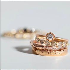 cailloux trop bijoux trucs anneaux de boho cycles de la pile style de la photographie de mode la photographie de bijoux anneaux jewellrey rings
