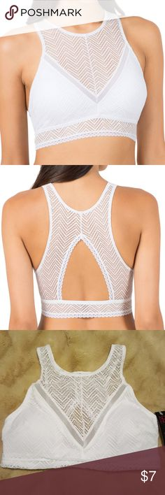 No Boundaries high neck bralette Be a high roller in the No Boundaries Juniors High Neck Bralette With Removable Pads. Easy pullover style and stretchy chevron lace make updating your look a breeze. Sheer where you want it to be and lined where you don't, this modern bralette is perfect for everyday wear. Whether you're sleeping in or going out with friends, NOBO's got you covered. Feel comfy and pretty no matter what your day holds. No Boundaries Intimates & Sleepwear Bras