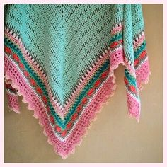 Sunday Shawl - crochet pattern from The Little Bee https://www.etsy.com/nz/listing/196313873/crochet-shawl-pattern-instant-download?ref=shop_home_feat_1 Photo credit: @buttonstitchpickle Instagram