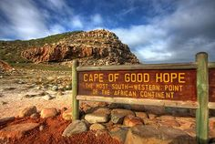 Kaap de Goede Hoop - Zuid-Afrika. The southernmost point of Africa is Cape Agulhas, about 200 km to the east.
