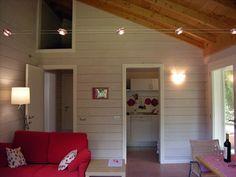 Casina dei Cavalli holiday apartment for 2 people. Urbino, Le Marche, Italy http://vallenuova.it