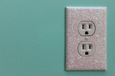 DIY Glitter Light Switch Plates and Outlet Covers. Easy and fun home decor project! Looking to add some sparkle to a room in your home? DIY Glitter Light Switch Plates and Outlet Covers are an easy and fun home decor project! Little Mermaid Bedroom, The Little Mermaid, Diy Glitter, Glitter Bomb, Glitter Slides, Glitter Cardstock, Glitter Dress, Glitter Makeup, Glitter Eyeshadow