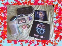 Taylor Swift 1989 World Tour VIP Package Merchandise Memorabilia Book Bracelets