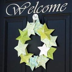 DIY 3D Star wreath - made with cardstock! would be cute 4th of july in red/white/blue