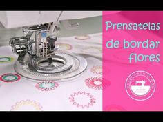 Prensatelas para bordar flores, increíble! - YouTube Janome, Sewing Hacks, Sewing Projects, Serger Stitches, Diy Y Manualidades, Couture, Quilts, Crafts, Magdalena
