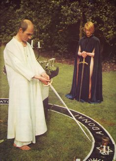 Alex Sanders Casting The Circle Witch Craft, Son Of The Morning, Witch History, Real Witches, Traditional Witchcraft, Satanic Art, Carlin, Magic Symbols, Occult Art