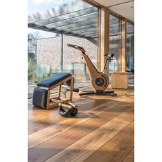 25 Home Gym Spaces Ideas - Having your own gym has it perks. Having your own gym saves you time. With easy access to a home gym, you would no longer have to travel or wait on qu. Home Gym Garage, Gym Room At Home, Home Gym Decor, Outdoor Gym, Outdoor Couch, Home Gym Design, House Design, Spa Hammam, Parkour Gym