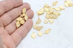 Material : Alloy Size : 8,5x13mm Color : Gold Plated Quantity : 24K 20 Pcs  Would you want to see all gold plated SPACER BEADS ;