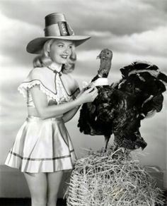 Vintage Thanksgiving Pin-up Girl Barbara Betts - Historic Photo Print Thanksgiving Pictures, Vintage Thanksgiving, Vintage Holiday, Happy Thanksgiving, Vintage Halloween, Thanksgiving Graphics, Thanksgiving Turkey, Thanksgiving Dressing, Holiday Fun