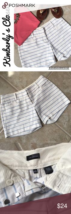 "🛍THE LIMITED🛍 striped shorts What's not to love about these tailored shorts from The Limited? They've got just the right length and just the right amount of stretch. Hook and button closure. Belt loops. Two front pockets and two back pockets. White with light blue horizontal stripes - look great paired with just about any accent color or wear with white or denim for a more classic look. 4"" inseam. Size 0 - runs slightly big.  59% cotton, 26% polyester, 14% rayon, 1% spandex.  Only worn a…"