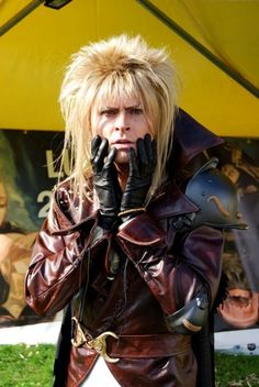 Eerily perfect cosplay of Jareth from Labrynth.