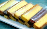 Ternyata mudah lho membuat Resep Kue Lapis Surabaya Enak yang bentuk nya yang cantik dengan tekstur lembut (mirip sekali dengan kue lapis legit) ini