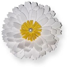 Shasta Daisy Die @ Custom Quilling Supplies - This is another quick die cut and assemble format of different-sized petals. There is a hole in the center for assembly choices.