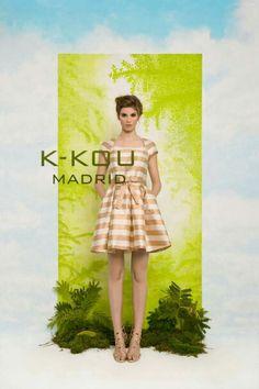 Jaquard dress. Gold stripes