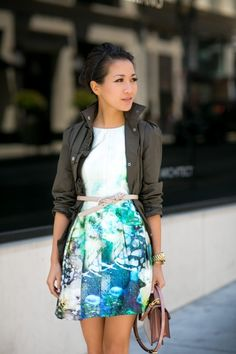 How to wear a printed dress with an angry jacket, how to knot a belt, how to style a messy bun.