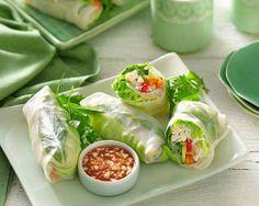 chicken and veg rice paper rolls