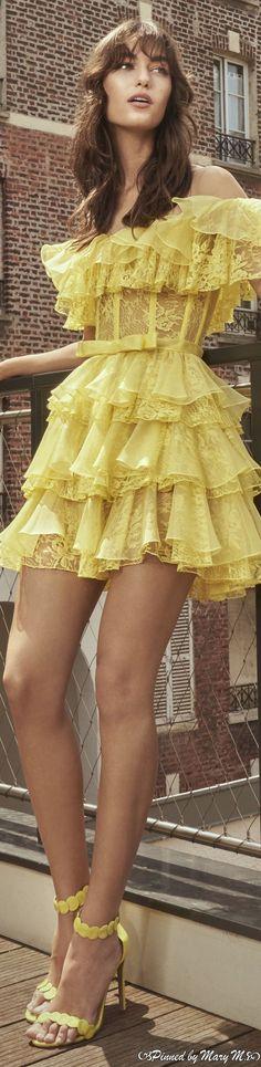 Rainbow Fashion, Yellow Fashion, Canary Yellow Dress, Im So Fancy, Haute Couture Dresses, Zuhair Murad, Fashion Sewing, Pretty Dresses, Womens Fashion