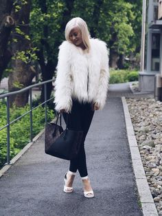 Fur Coat, Lens, Jackets, Design, Fashion, Down Jackets, Moda, Fashion Styles, Jacket