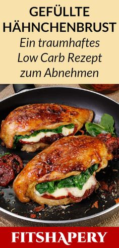 Diese gefüllte Hähnchenbrust ist Low Carb und reich an Eiweiß. Dadurch eignet… This stuffed chicken breast is low carb and high in protein. This makes it perfect for losing weight or for a low carbohydrate diet. Here you will find… Continue Reading → Low Carb Keto, Low Carb Recipes, Diet Recipes, Chicken Recipes, Healthy Recipes, Menu Dieta, Cheese Stuffed Chicken, Low Carbohydrate Diet, No Carb Diets