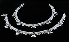 Silver Anklets, Silver Jewelry, Anklet Jewelry, Pairs, Gemstones, Jewels, Diamond, Detail, Bracelets