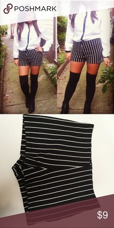 forever 21 black and white strip shorts forever 21 black and white striped shorts with side zipper Forever 21 Shorts