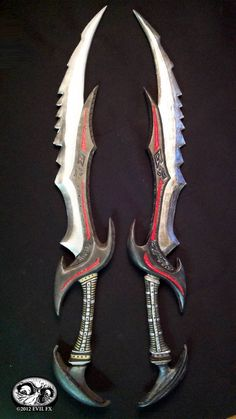Skyrim Daedric Schwert Videospiel Kostüm Prop Waffe EVA Foam Build … – Nilton Cesar – Join the world of pin Armas Ninja, Ninja Weapons, Cosplay Weapons, Skyrim Cosplay, Swords And Daggers, Knives And Swords, Video Game Costumes, Cool Swords, Weapon Concept Art