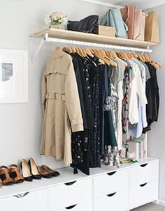 Почему не стоит хранить одежду, как на глянцевых картинках | 1000 секретов