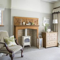 Living room fireplace | Take a tour of this Arts and Crafts house in the West Midlands | housetohome.co.uk