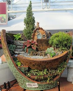 fairy garden in pot | beautiful terraced miniature garden straight out from a fairy tale!