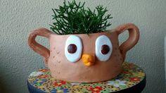 Cachepô de coruja. Vaso em cerâmica.