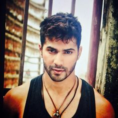 Here are the top 10 Pictures of famous bollywood industry Varun Dhawan without Makeup Varun Dhawan Instagram, Alia And Varun, Glamour World, Arjun Kapoor, Bollywood Stars, Bollywood Fashion, Bollywood Hair, Bollywood Actress, Awesome Beards