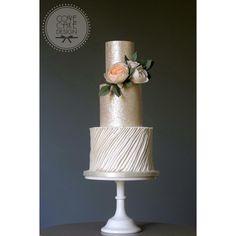 The full cake with edible glitter, diagonal pleats, David Austin and Garden sugar roses #cake #weddingcake #cakedesign #cakeart #wedding #weddinplanning #weddinginspiration #sugarrose #sugarflowers #davidaustinroses