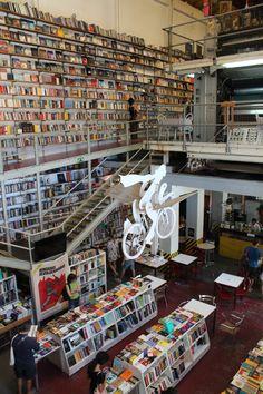 könyvesbolt-Lisszabonban-lx factory