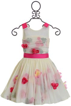 Discover our variety of prolonged case toddler girl dresses, bday clothes & more. Tween Party Dresses, Girls Special Occasion Dresses, Dresses For Tweens, Girls Dresses, Big Girl Clothes, Toddler Girl Outfits, Baby & Toddler Clothing, Frock Patterns, Tween Girls