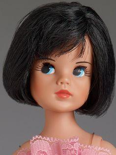 Antique Dolls, Vintage Dolls, 1970s Dolls, Dolls Dolls, Samantha Smith, Sindy Doll, Doll Display, Barbie House, Barbie Dress