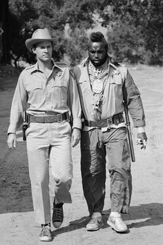 25 Outfits That Were Dramatically Improved By Converse Sneakers Dwight Schultz, George Peppard, Big Teddy Bear, I Go To Work, Group Pictures, The A Team, Best Tv, Favorite Tv Shows, Movie Tv