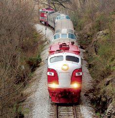 Branson, MO  Branson Scenic Rail -- I remember riding this as a kid!!!! Branson Scenic Railway, Branson Train, Train Pictures, Vacation Destinations, Vacation Spots, Vacations, Train Tracks, Train Rides, Family Travel