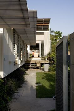 Reddog, Brisbane architects, H1 House, Wooloowin, Brisbane inner-city, residential architecture, design, interiors, pavilion, curtains, family home, new house, corrugated iron