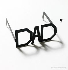 Finti occhiali in cartoncinoper il papà (template scaricabile)