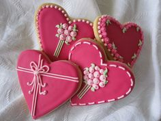 Sweet 'n' Pretty cookies are perfect for any party but these heart shaped cookies with a bunch of flowers piped on top would be ideal as a thank you gift or simply on a plate for the party table.  They also make a great wedding favour to say a big thank you to your guests.  Our cookies are made with quality ingredients and decorated with lots of love and care.   You can have your cookies custom made to suit the colour and theme of your event and I have designs and shapes to suit any ...