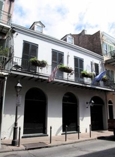 Angelina Jolie and Brad Pitt bought this French Quarter house when he was in town filming The Curious Case of Benjamin Button