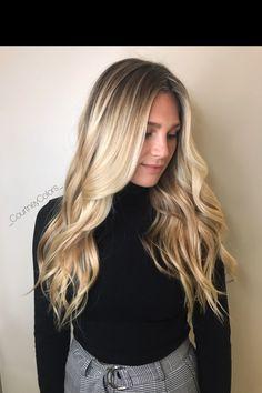 Blonde balayage hair goals Natural Blonde Balayage, Hair Color Balayage, Hair Highlights, Hair Colour, Blonde Hair Goals, Beautiful Hair Color, Natural Hair Styles, Long Hair Styles, Pretty Hairstyles