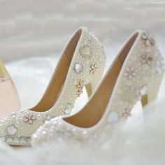 98.39$  Watch now - http://alilfa.worldwells.pw/go.php?t=1986050695 - Handmade White Imitation Pearl Crystal Wedding Bridal Dress Shoes Woman Party Prom Shoes Lady Round Toe Evening Club Shoes 98.39$
