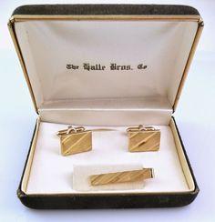 Vintage 1950s SWANK Goldtone Engraved Design CUFFLINKS & TIE BAR Set in Orig Box #Swank