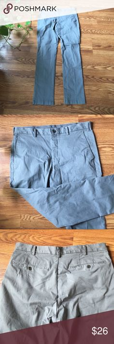 "33x34"" Blue Gray Men's Pants 33x34inch men's pants. 97% Cotton Uniqlo Pants Chinos & Khakis"